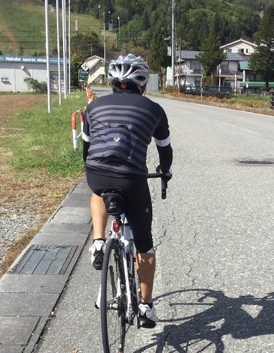 寒くて暑い、秋の自転車コーディネート 気温15度くらいの白馬編