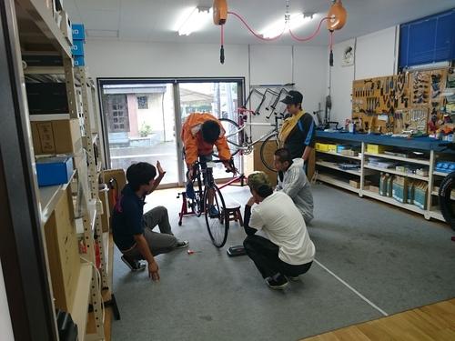 10万円でロードバイクは買える!?「TREK Domane AL2」