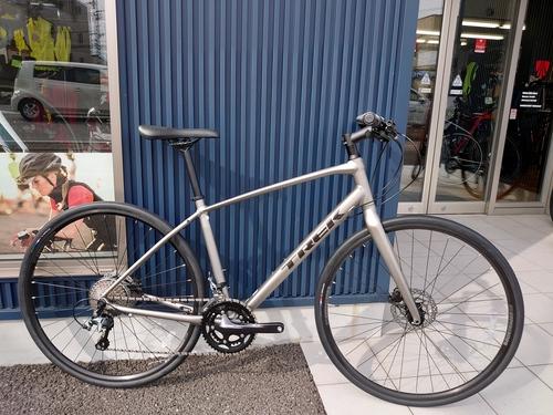 【軽くて速いクロスバイク】FX SPORT 4