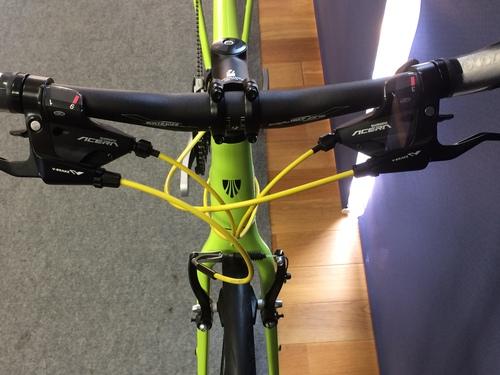 自転車のワイヤーの色を変えられるの知ってましたか?