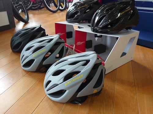 エントリーモデルのヘルメット BONTRAGER Starvosシリーズ。
