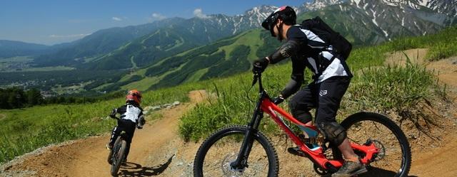 白馬岩岳マウンテンバイクパークのリーフレットが届いてます。